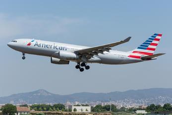 N283AY - American Airlines Airbus A330-200