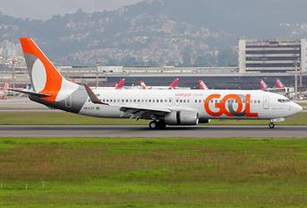 PR-GTT - GOL Transportes Aéreos  Boeing 737-800