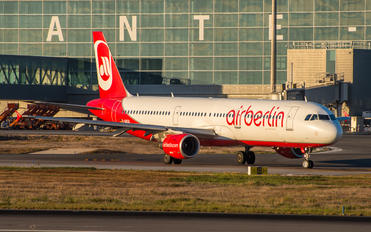 D-ABCB - Air Berlin Airbus A321