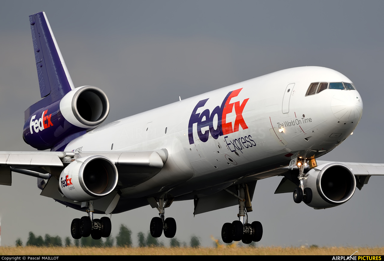 FedEx Federal Express N576FE aircraft at Paris - Charles de Gaulle