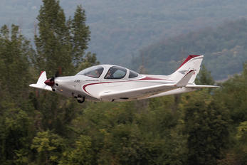 I-B234 - Private Alpi Pioneer 400