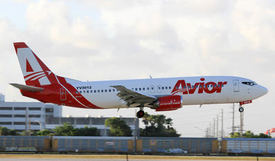 YV3012 - Avior Airlines Boeing 737-400
