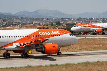 G-EZDL - easyJet Airbus A319