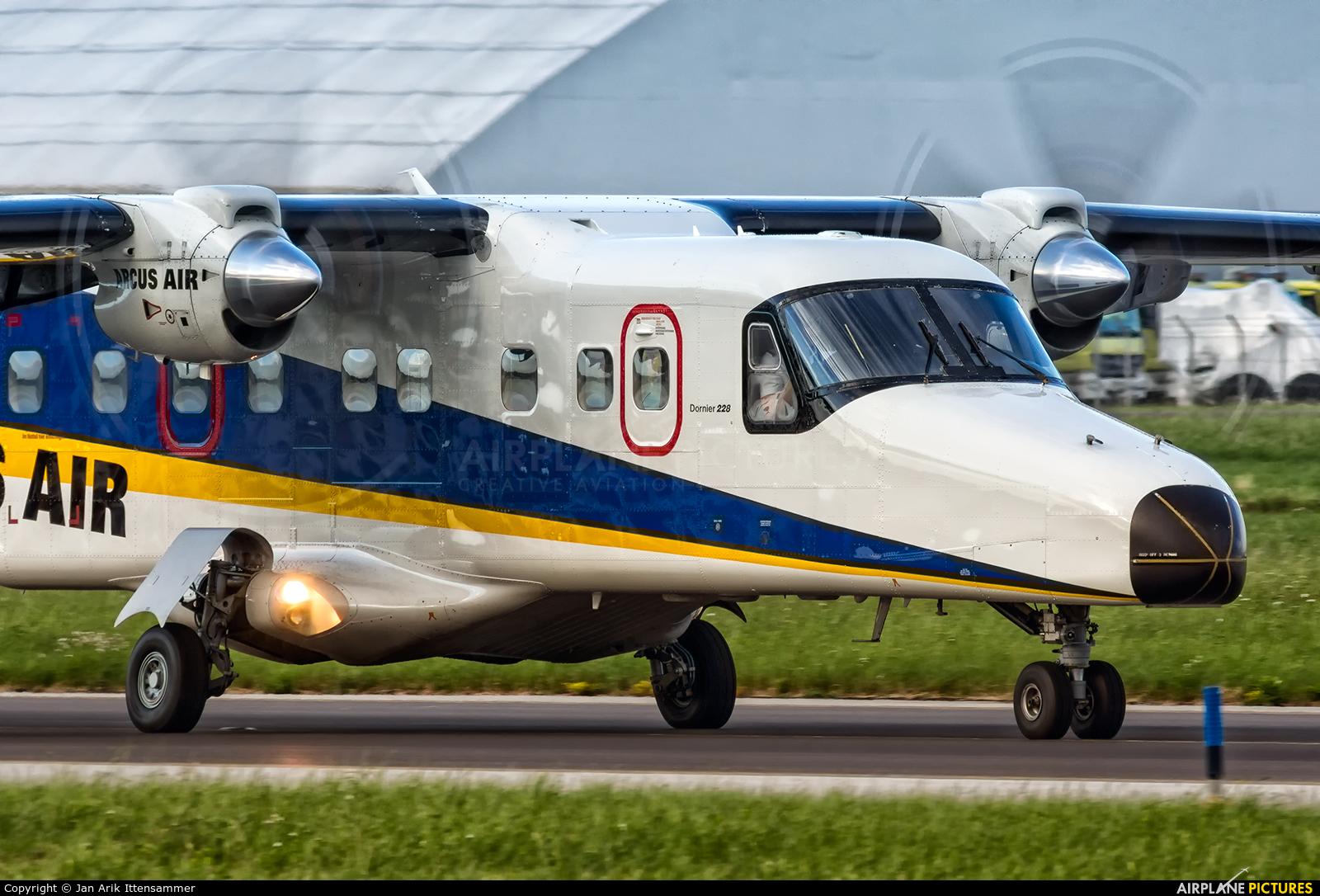 Arcus Air D-CAAL aircraft at Linz