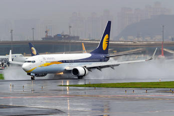 VT-JFF - Jet Airways Boeing 737-800