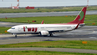 HL-8232 - T'Way Air Boeing 737-800