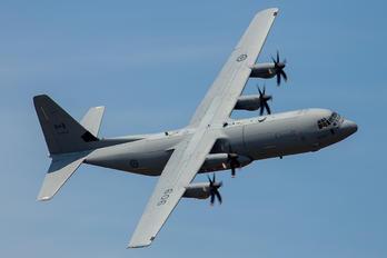 130606 - Canada - Air Force Lockheed CC-130J Hercules