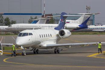 TC-SPL - Private Bombardier BD-100 Challenger 300 series