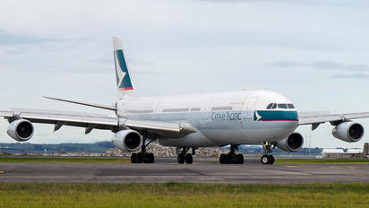 B-HXH - Cathay Pacific Airbus A340-300