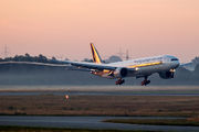 9V-SWL - Singapore Airlines Boeing 777-300ER aircraft