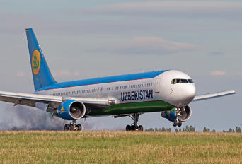 UK-67003 - Uzbekistan Airways Boeing 767-300