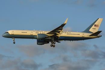 99-0003 - USA - Air Force Boeing 757-200WL