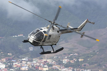 HU.15-29 - Spain - Guardia Civil MBB Bo-105
