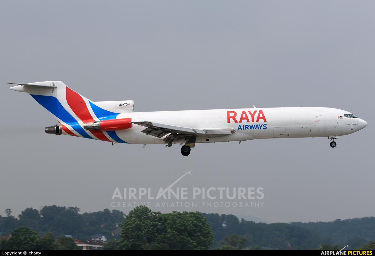 Raya Airways 9M-TGH aircraft at Subang - Sultan Abdul Aziz Shah