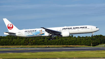 JA733J - JAL - Japan Airlines Boeing 777-300ER