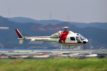 JA6725 - Aero Asahi Aerospatiale AS355 Ecureuil 2 / Twin Squirrel 2