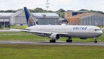 N69059 - United Airlines Boeing 767-400ER aircraft
