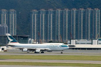 B-HUI - Cathay Pacific Boeing 747-400