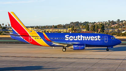 N647SW - Southwest Airlines Boeing 737-300