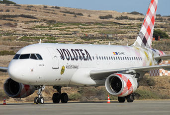 EI-FMY - Volotea Airlines Airbus A319
