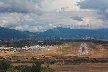 - - - Airport Overview - Airport Overview - Overall View