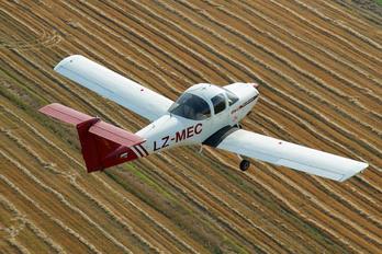 LZ-MEC - Private Piper PA-38 Tomahawk