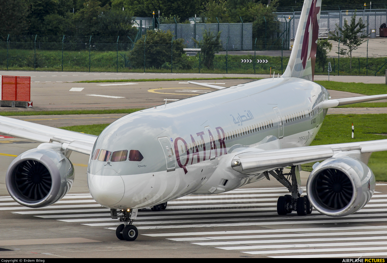 Qatar Airways A7-BCD aircraft at Zurich