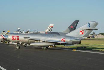 NX620PF -  Mikoyan-Gurevich MiG-17PF