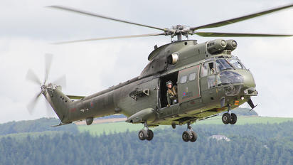 XW219 - Royal Air Force Westland Puma HC.1