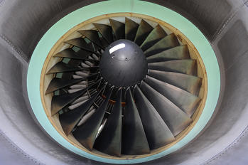 VN-A145 - Vietnam Airlines Boeing 777-200ER