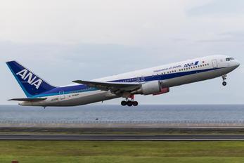 JA606A - ANA - All Nippon Airways Boeing 767-300ER