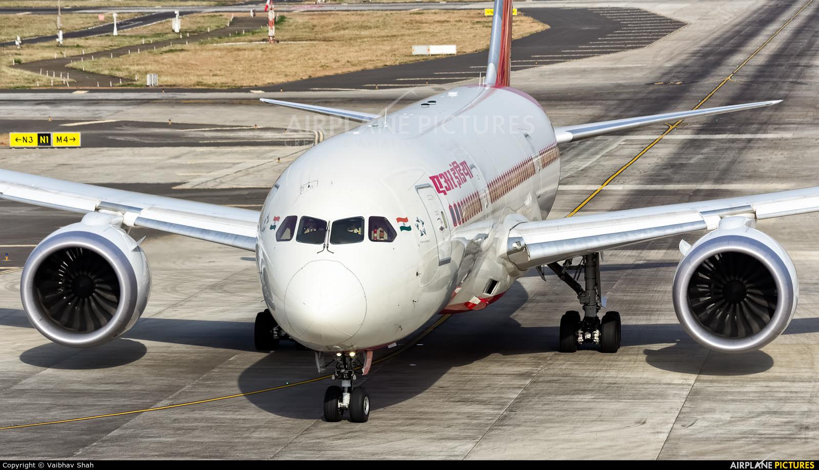 Air India VT-ANT aircraft at Mumbai - Chhatrapati Shivaji Intl