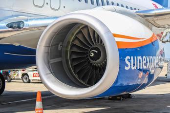 TC-SEN - SunExpress Boeing 737-800