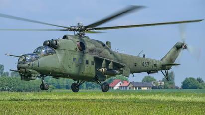 457 - Poland - Army Mil Mi-24D