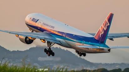 JA8968 - ANA - All Nippon Airways Boeing 777-200