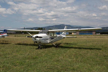 YU-DOE - Private Cessna 172 Skyhawk (all models except RG)