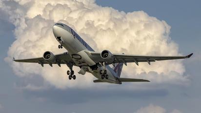 A7-ACD - Qatar Airways Airbus A330-200