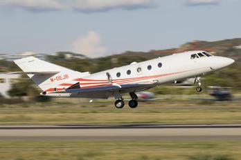 M-DEJB - Private Dassault Falcon 200