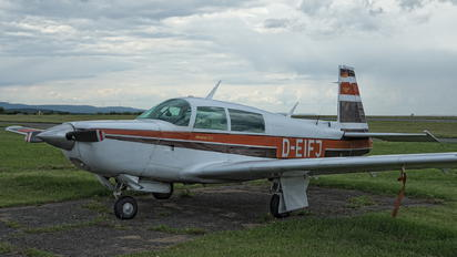 D-EIFJ - Private Mooney M20K 231