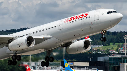 HB-JHI - Swiss Airbus A330-300