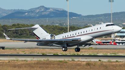 N151QS - Netjets (USA) Bombardier BD-700 Global 5000