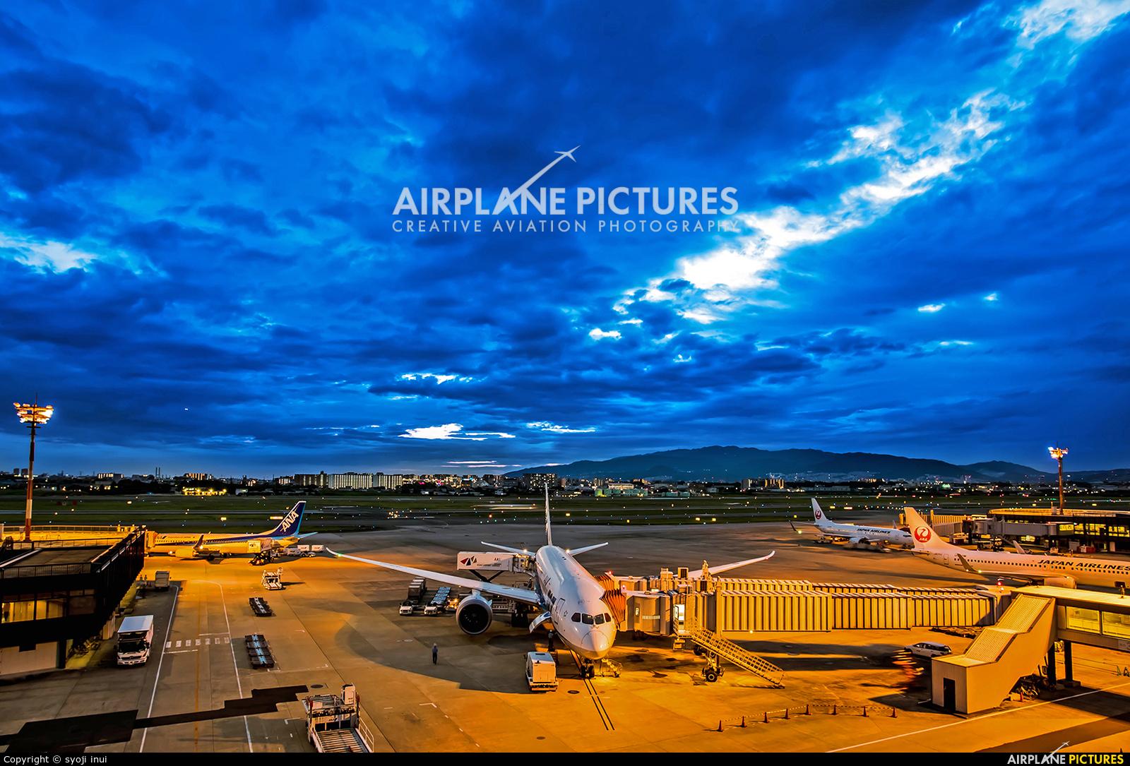 ANA - All Nippon Airways JA818A aircraft at Osaka - Itami Intl