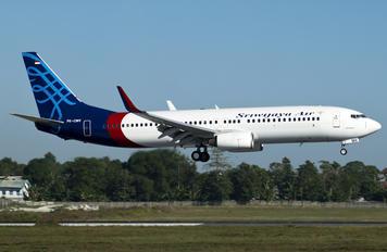PK-CMV - Garuda Indonesia Boeing 737-800