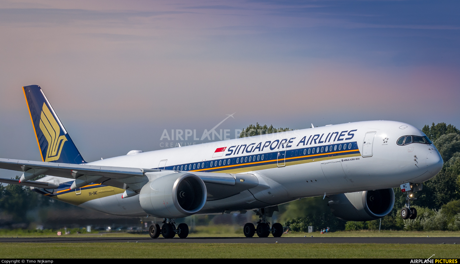 Singapore Airlines 9V-SWC aircraft at Amsterdam - Schiphol