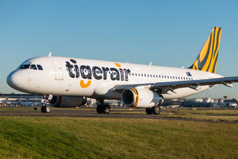 VH-XUG - Tiger Airways Airbus A320