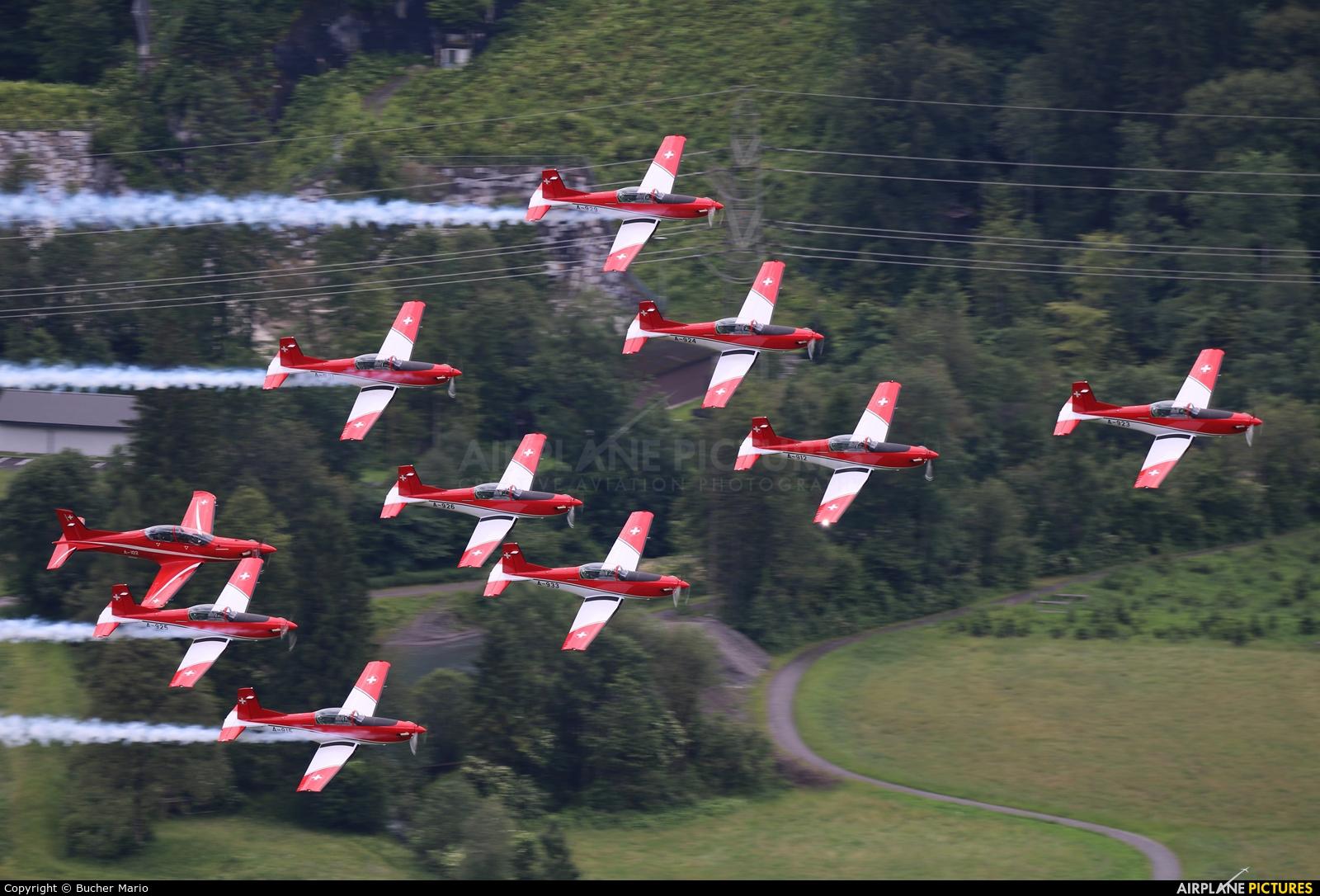 Switzerland - Air Force: PC-7 Team A-914 aircraft at Meiringen