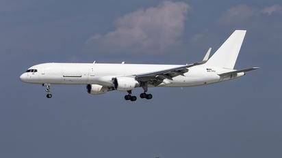 OO-TFC - ASL Airlines Boeing 757-200WL