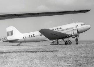 YR-TAE - Tarom Lisunov Li-2