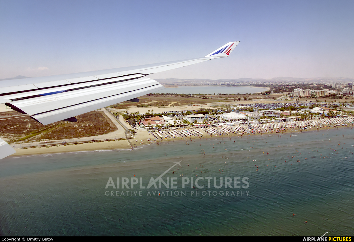Transaero Airlines EI-XLO aircraft at Larnaca Intl