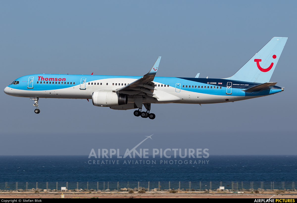Thomson/Thomsonfly G-OOBB aircraft at Lanzarote - Arrecife